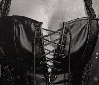 sexy-2069708_640